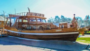 overnachting met kids piratenboot
