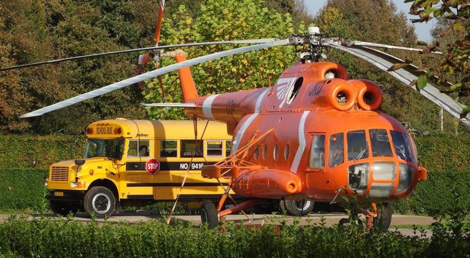 Helikopter en schoolbus Jan klaassen dromenland